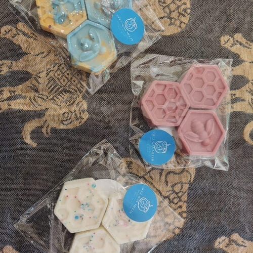 Hex Buzzy Bees Wax Melts